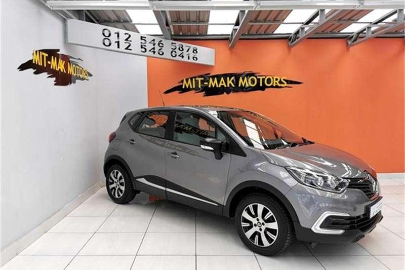 2017 Renault Captur 66kW turbo Blaze