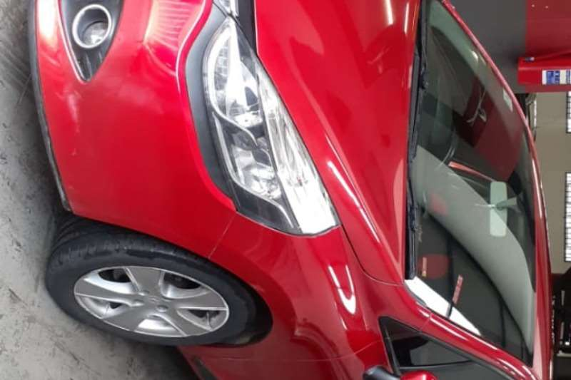 Renault Clio 1.4 Expression 3 door 2014
