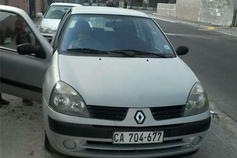 Renault Clio 1.4 Expression 5 door 2005