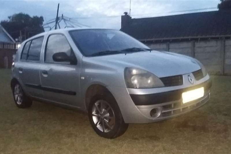 Renault Clio 1.4 Expression 5 door 2006