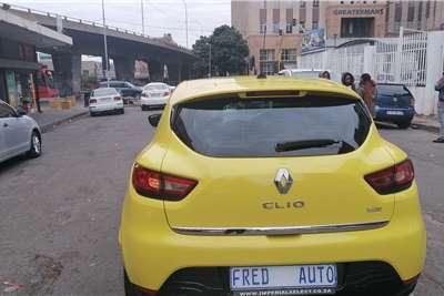 Used 2013 Renault Clio 1.4 Expression 5 door