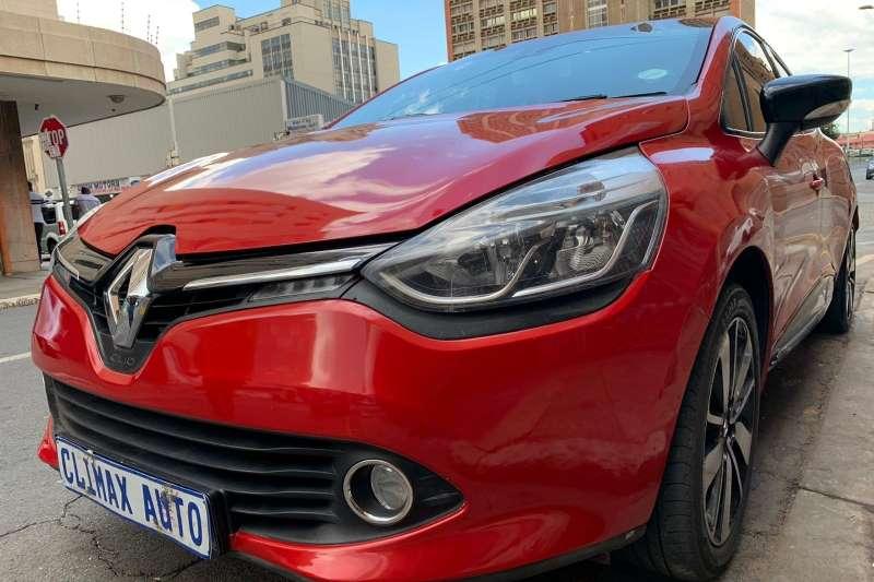 Renault Clio 1.4 Expression 5 door 2014