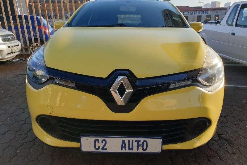 Used 2014 Renault Clio 1.4 Expression 5 door