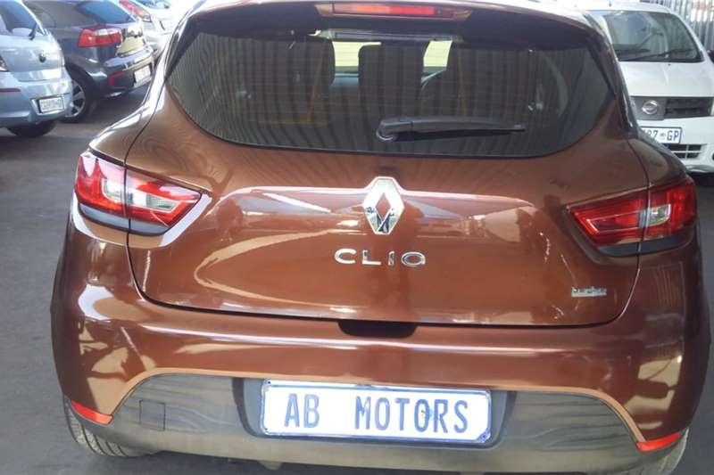 2014 Renault Clio Clio 1.4 Expression 5-door