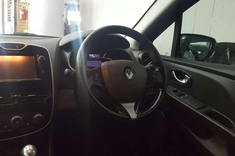 Used 2015 Renault Clio 1.4 Expression 5 door