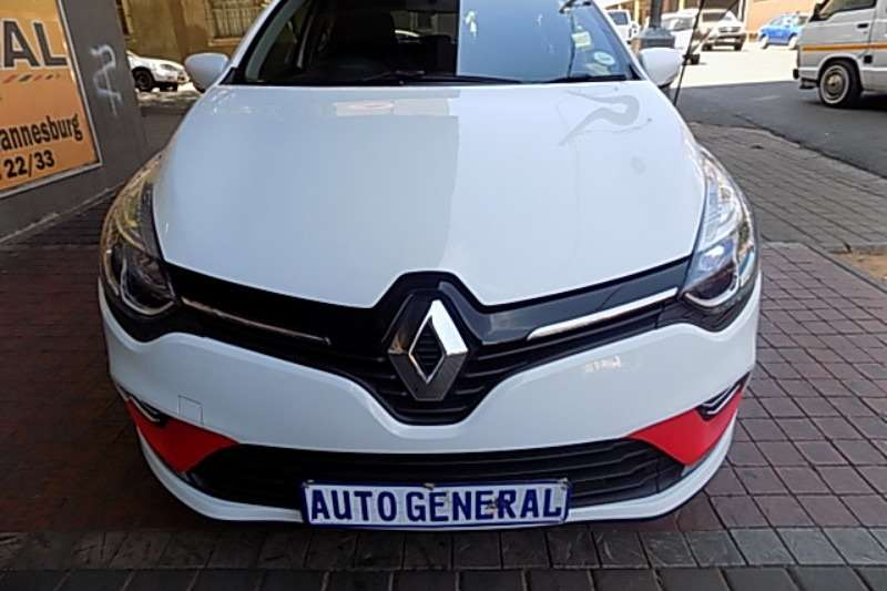 Renault Clio 1.4 Expression 5 door 2017