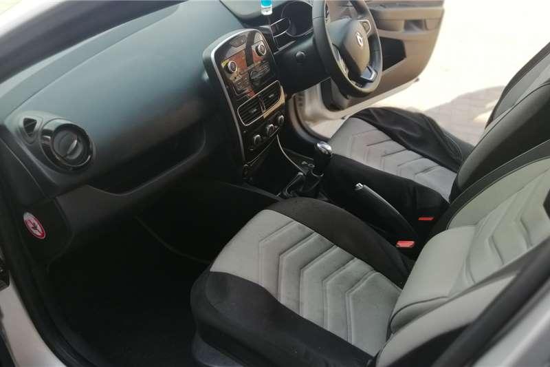 Used 2017 Renault Clio 1.4 Expression 5 door