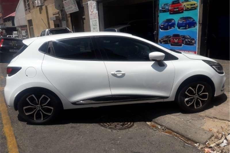 Renault Clio 1.4 Expression 5 door 2018