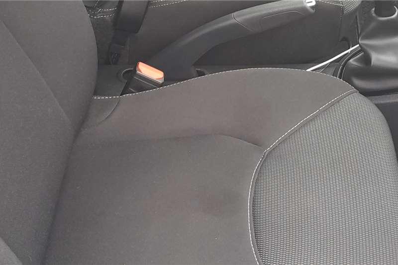 Renault Clio 1.4 Expression 5 door 2020