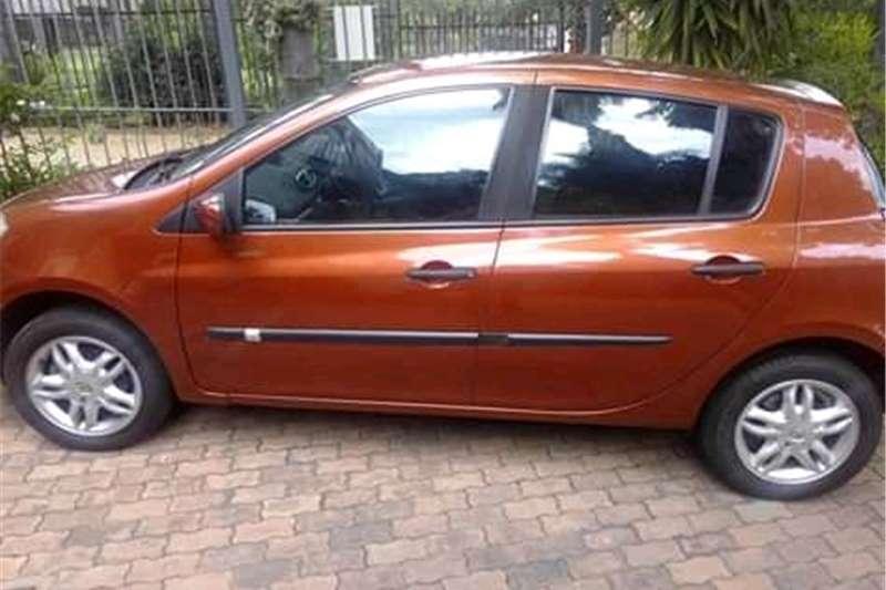 Renault Clio 1.4 Extreme 5 door 2007