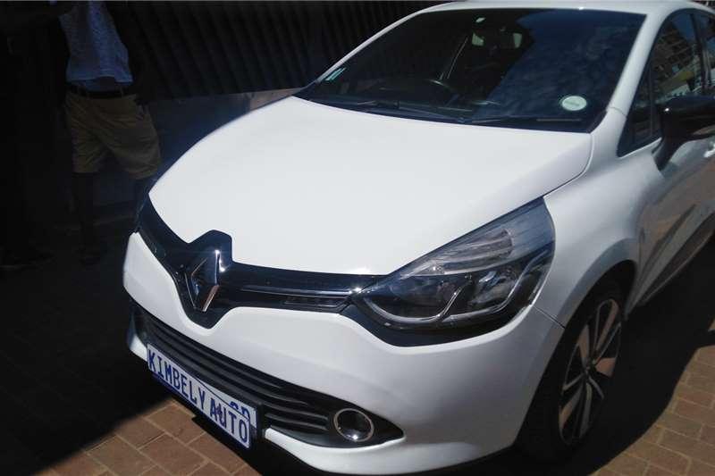 Renault Clio 1.4 Extreme 5 door 2014