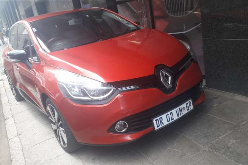 Renault Clio 1.4 Extreme limited edition 5 door 2015