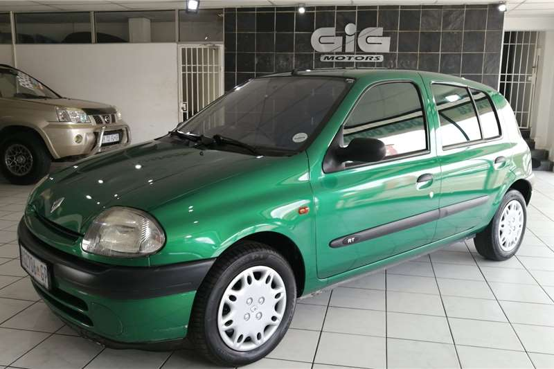Renault Clio 1.4 RT 2000
