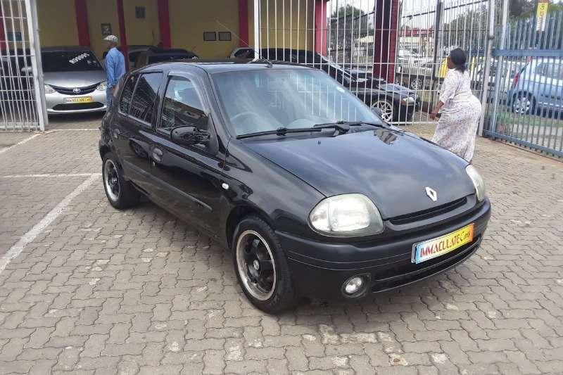 Renault Clio 1.4i 16Valve 2001