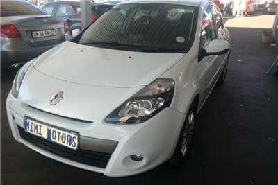 Renault Clio 1.6 Avantage auto 2010