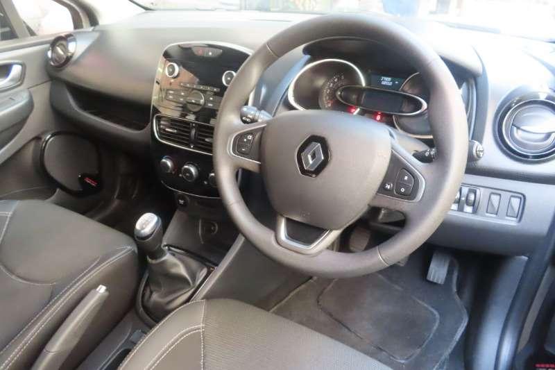 Renault Clio 1.6 Dynamique 5 door 2017