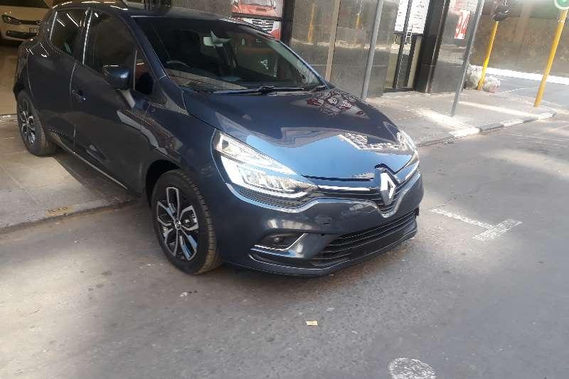 Renault Clio 1.6 Dynamique 5 door 2019
