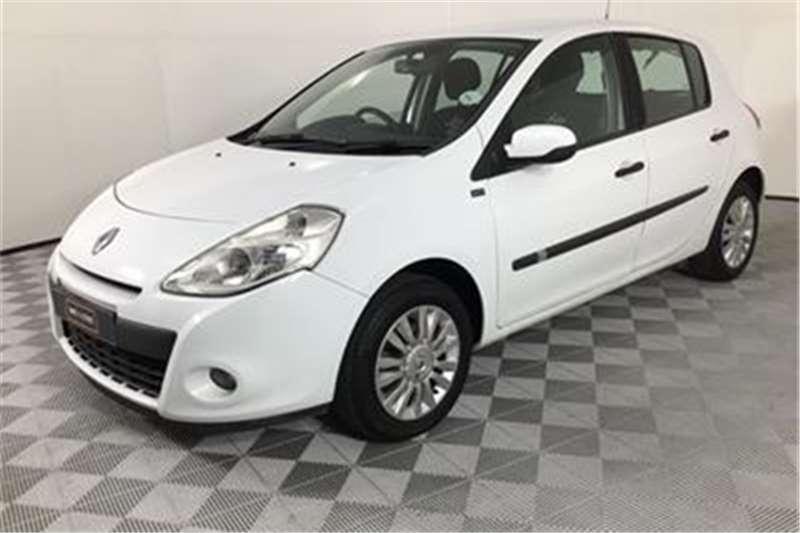Renault Clio 1.6 Yahoo! Plus 2012