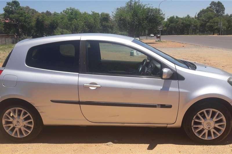 Renault Clio 3 2006