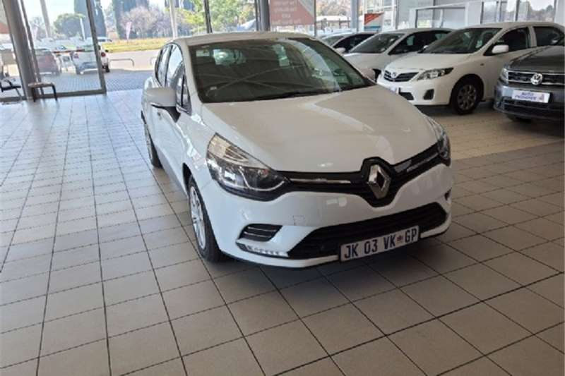Used 2020 Renault Clio 66kW turbo Authentique