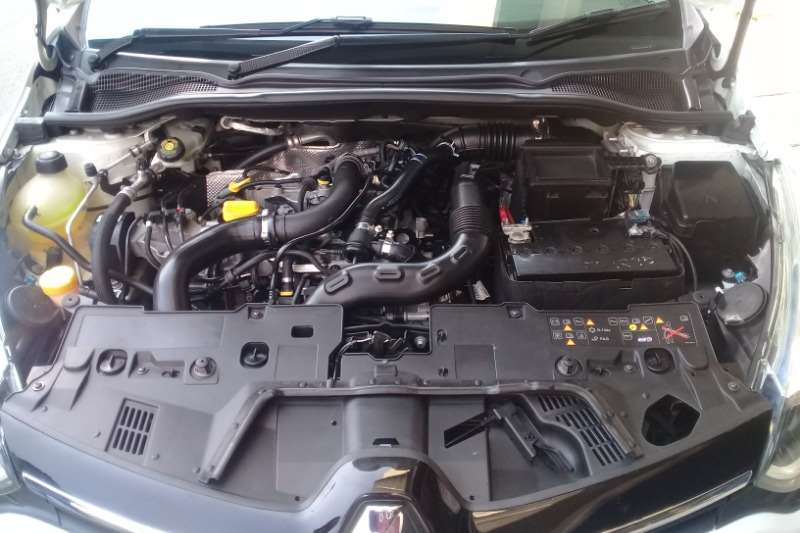 Renault Clio 88kW turbo GT Line 2015