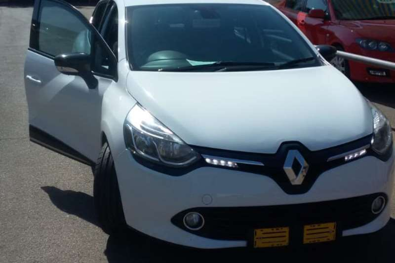 Renault Clio 900 turbo 2013