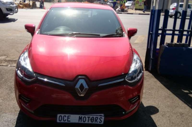 2017 Renault Clio 1.4 Expression 3 door