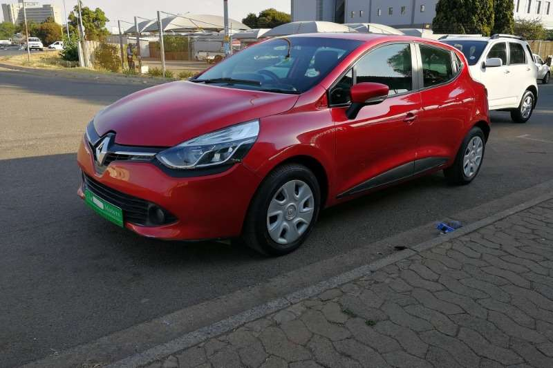 2015 Renault Clio 1.6 Expression 5 door