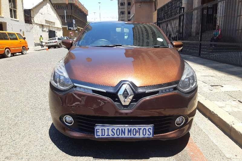 2014 Renault Clio 1.4 Expression 5 door