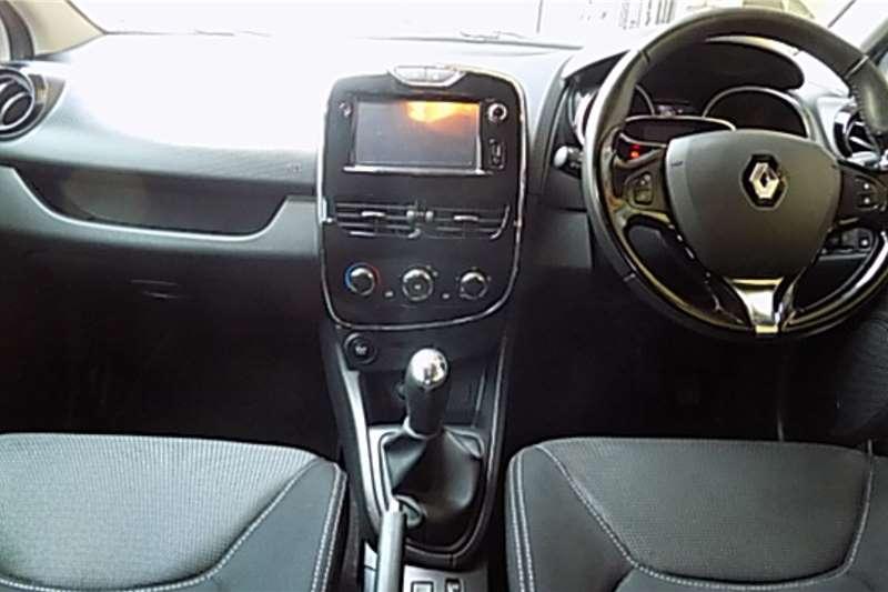 2015 Renault Clio 1.6 Dynamique 5 door