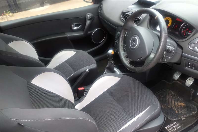 2011 Renault Clio RS 3 door