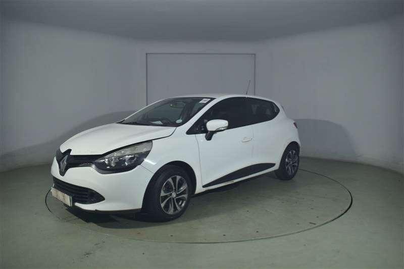 Renault Clio IV 1.2 AUTHENTIQUE 5DR (55KW) 2014