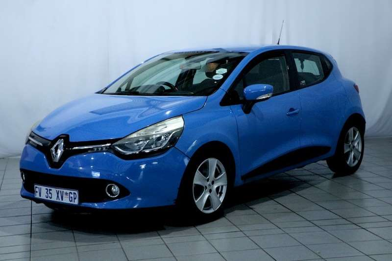 Renault Clio IV 900T EXPRESSION 5DR (66KW) 2013