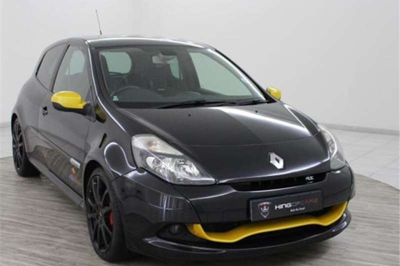 Renault Clio RS Red Bull Racing RB7 2013