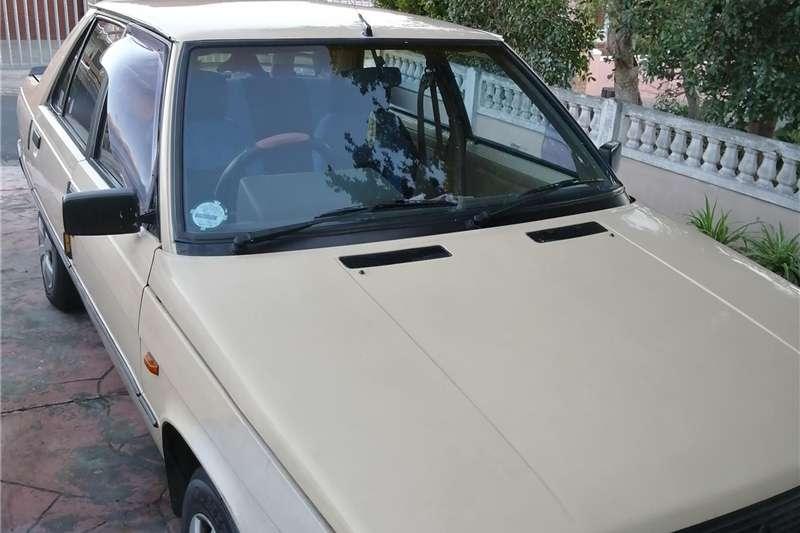 Renault Logan 1987