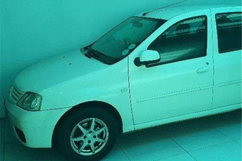 Used 0 Renault Logan
