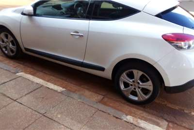 2010 Renault Megane Coupe Megane coupe 1.6 Expression