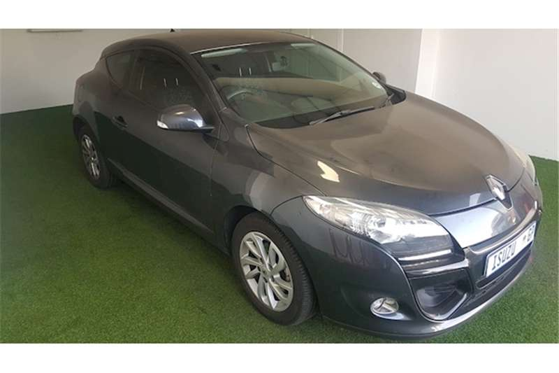 Renault Megane Coupe 1.6 Expression 2014