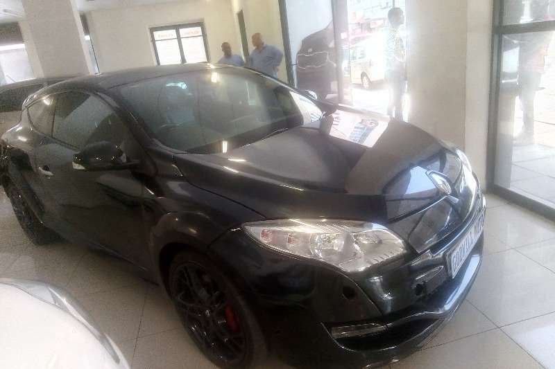 Renault Megane Coupe Megane RS Cup 265 2010