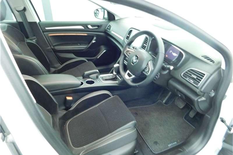 Renault Megane Hatch MEGANE IV 1.2T DYNAMIQUE EDC 2020