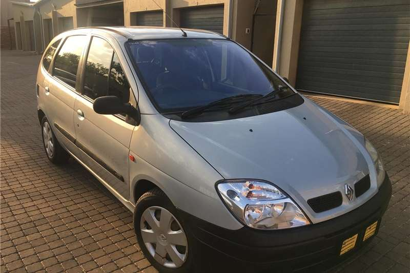 Renault Scenic 1.6 Expression 2000