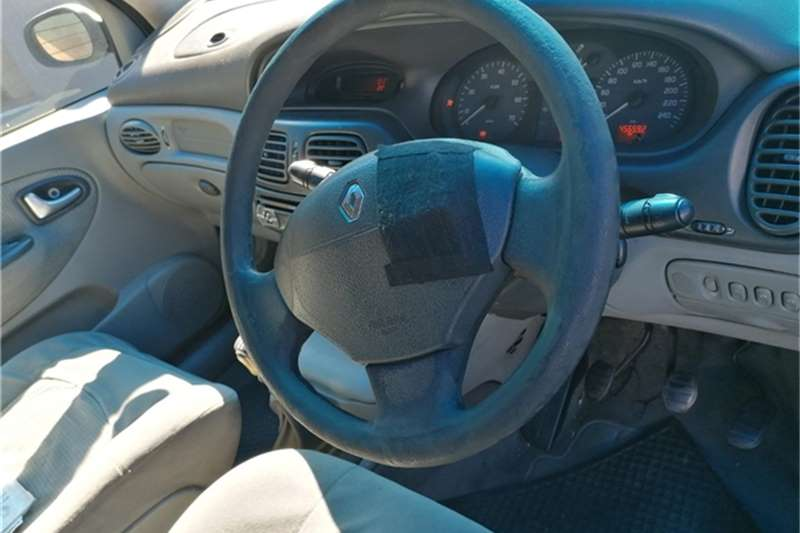 Used 2003 Renault Scenic