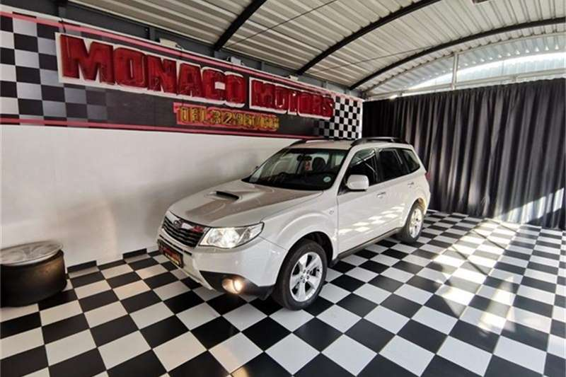 Subaru Forester 2.5 XT 2010