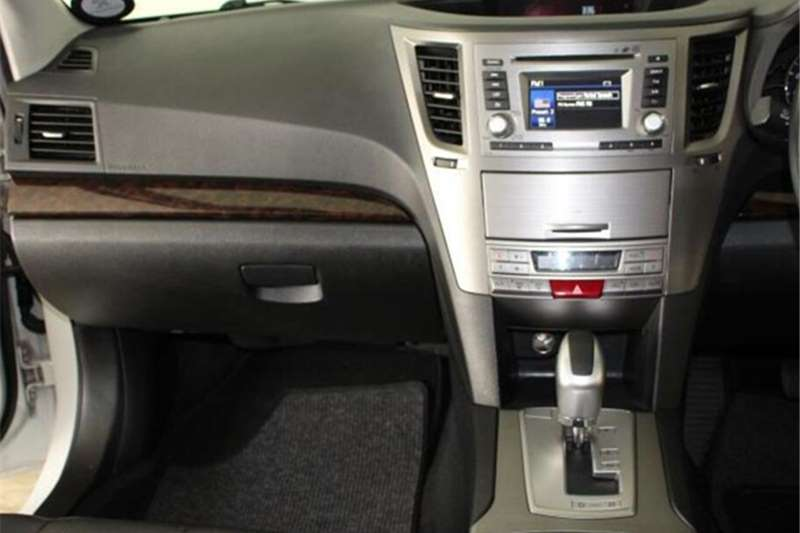Subaru Outback 3.6 R Premium 2012