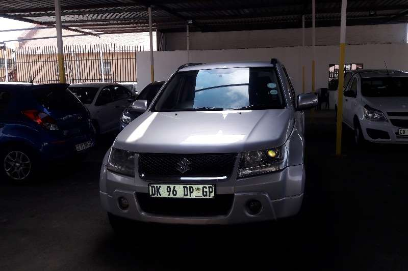 Suzuki Grand Vitara 2.4 Summit auto 2011