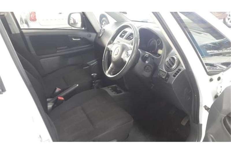 Suzuki SX4 2.0 L 2011