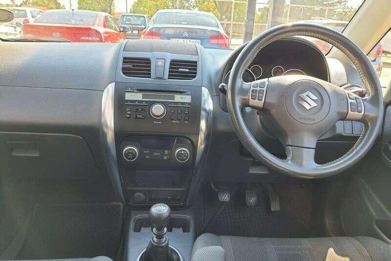 Used 2010 Suzuki SX4