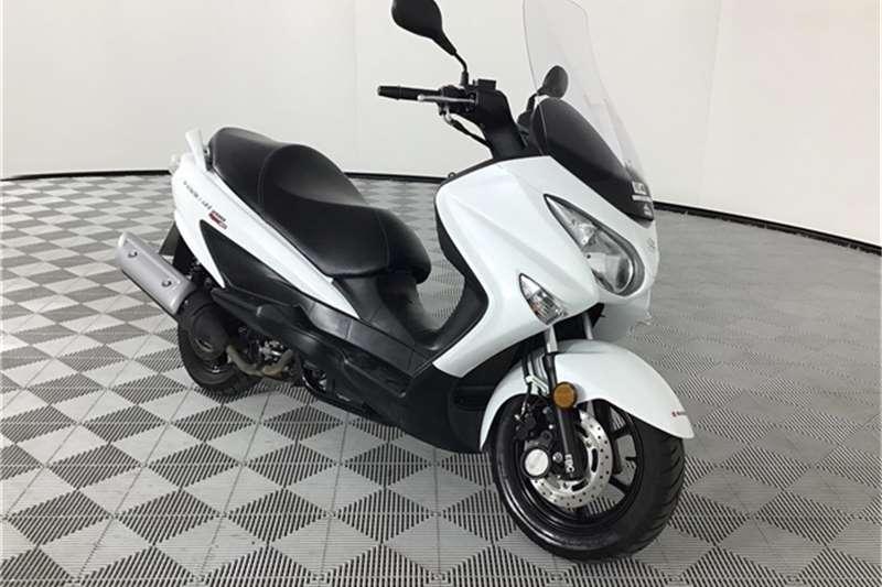 Suzuki UH 2018