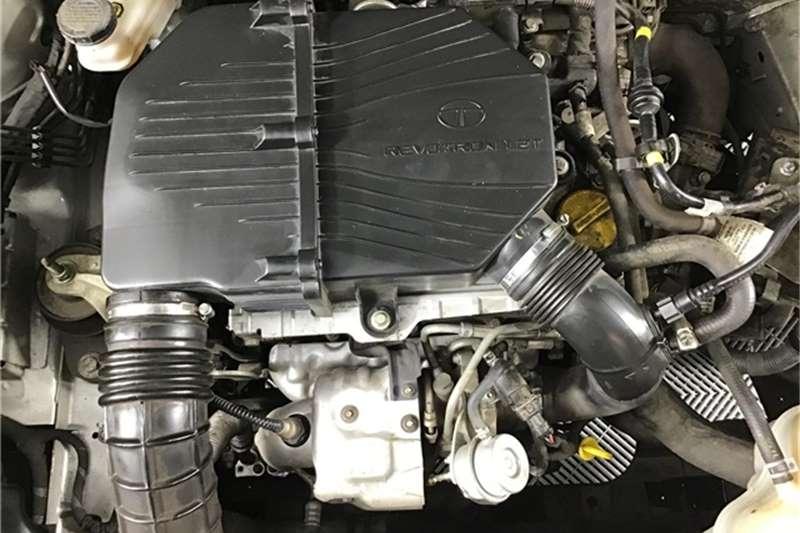 Tata Bolt hatch 1.2T XMS 2016
