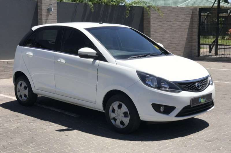 Tata Bolt hatch 1.2T XMS 2017
